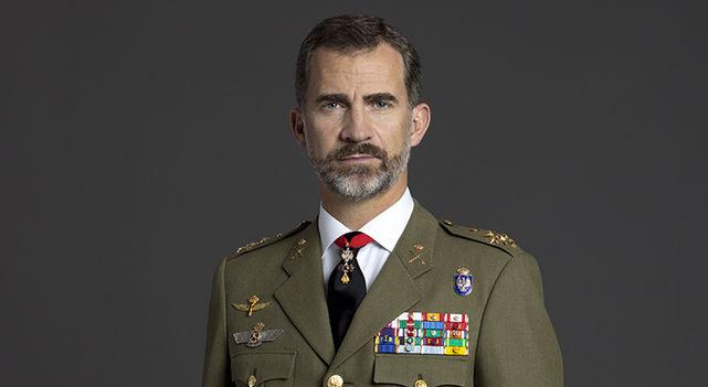 ===Así es mi Rey...=== - Página 2 Retratos-felipe-vi-uniformes-ejercitos_ecdima20141217_0008_16